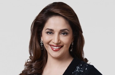 Madhuri Dixit-Nene enthrals everyone with her performance of