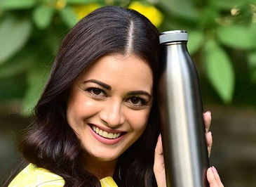 UNEP Goodwill Ambassador Dia Mirza breaks up with plastic on Valentines Day!